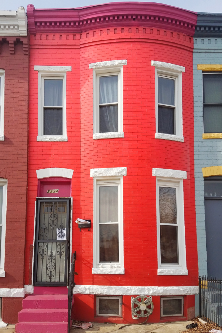 Colorful Rowhomes In Baltimore | Uncustomary