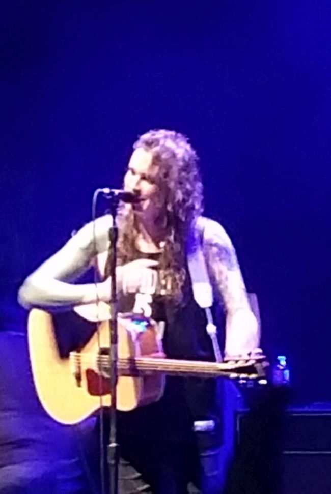 Self Love| Transgender Dysphoria: Laura Jane Grace | Uncustomary Art