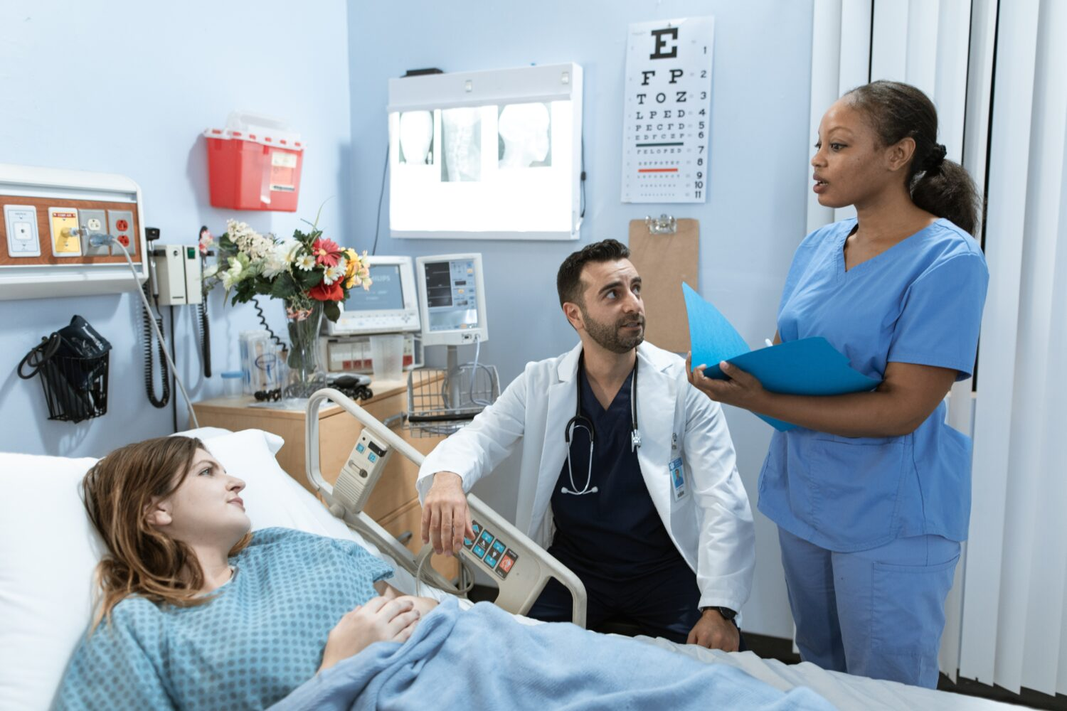 You Want To Advance Your Nursing Career? Follow These Tips | Uncustomary